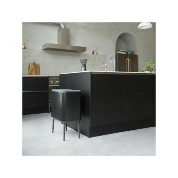 Kosz na śmieci kuchenny 36l Bo Touch Bin 1 komora Brabantia czarny mat