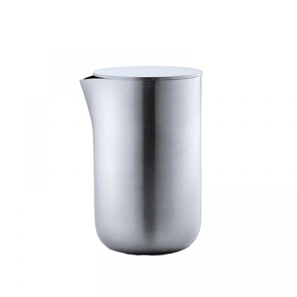 Mlecznik z pokrywą metalową 120 ml Blomus Basic matowy 63618