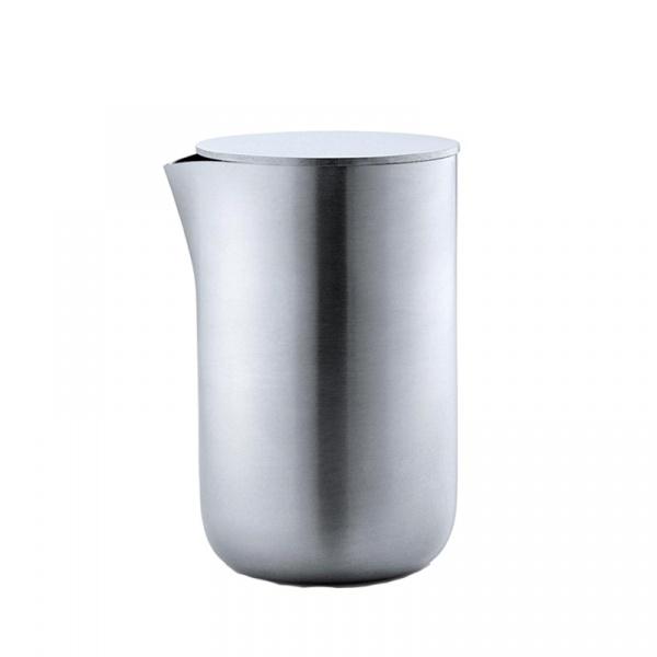 Mlecznik z pokrywą metalową 250 ml Blomus Basic matowy 63620