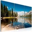 Obraz - Góry, drzewa i krystalicznie czyste jezioro A0-N1556
